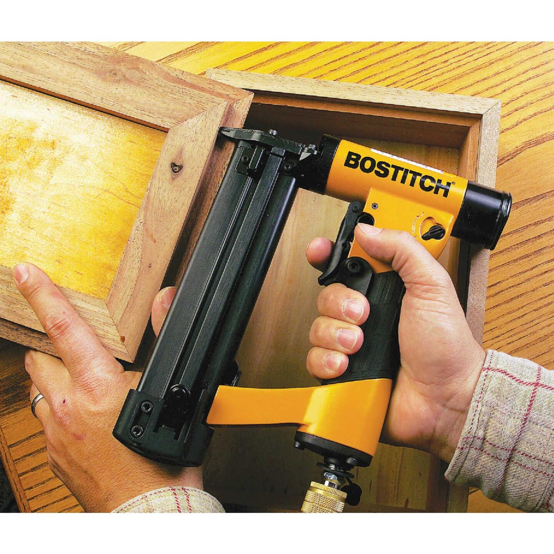 Bostitch 23-Gauge 1-3/16 In. Pin Nailer Kit Image 2